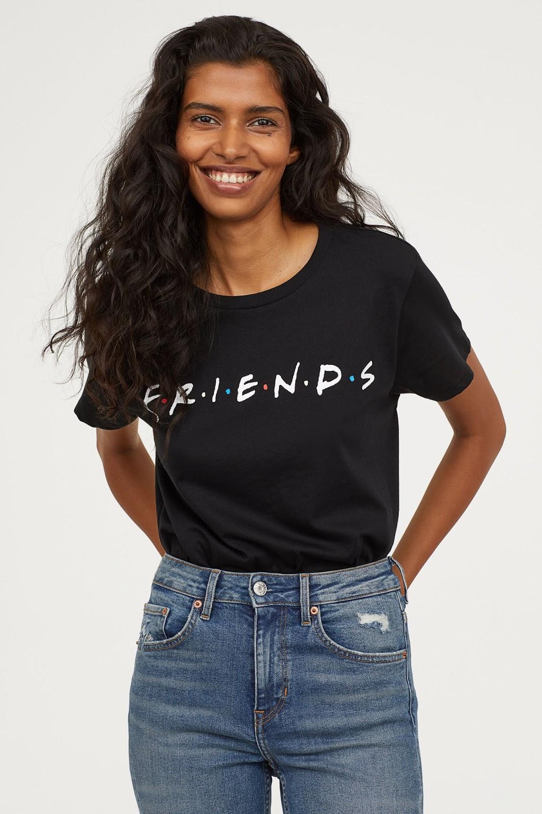 Női és férfi póló divat  Jóbarátok pólók - Minden rajongónak kell egy! a997387059