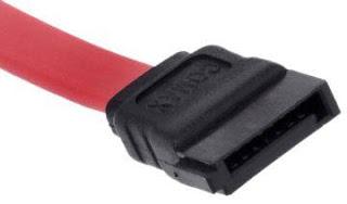Conector de um cabo SATA