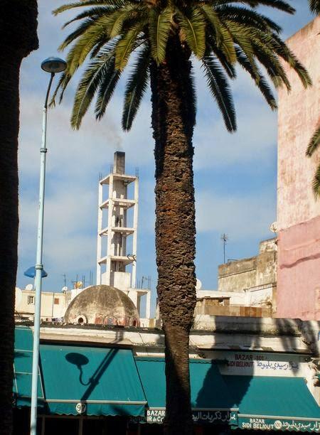 Komin prawdziwego hammamu w Maroku