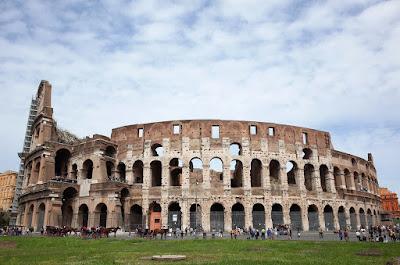 El Coliseo de Roma, en Italia