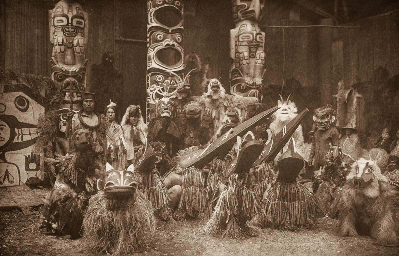 Qagyuhl dancers. 1914.