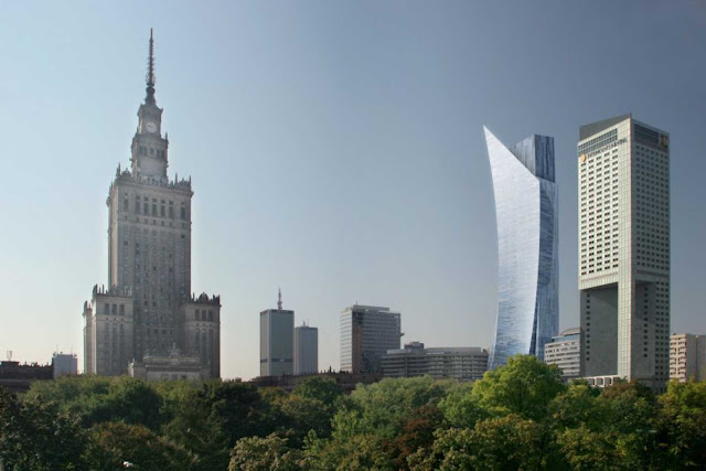 02-ZLOTA-by-Daniel-Libeskind-awarded-with-the-European-Medal