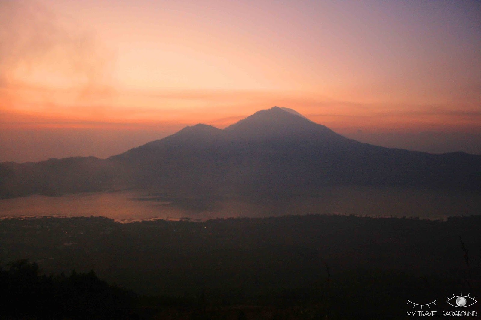 My Travel Background : 10 choses à faire à Bali - Escalader le volcan Mont Batur