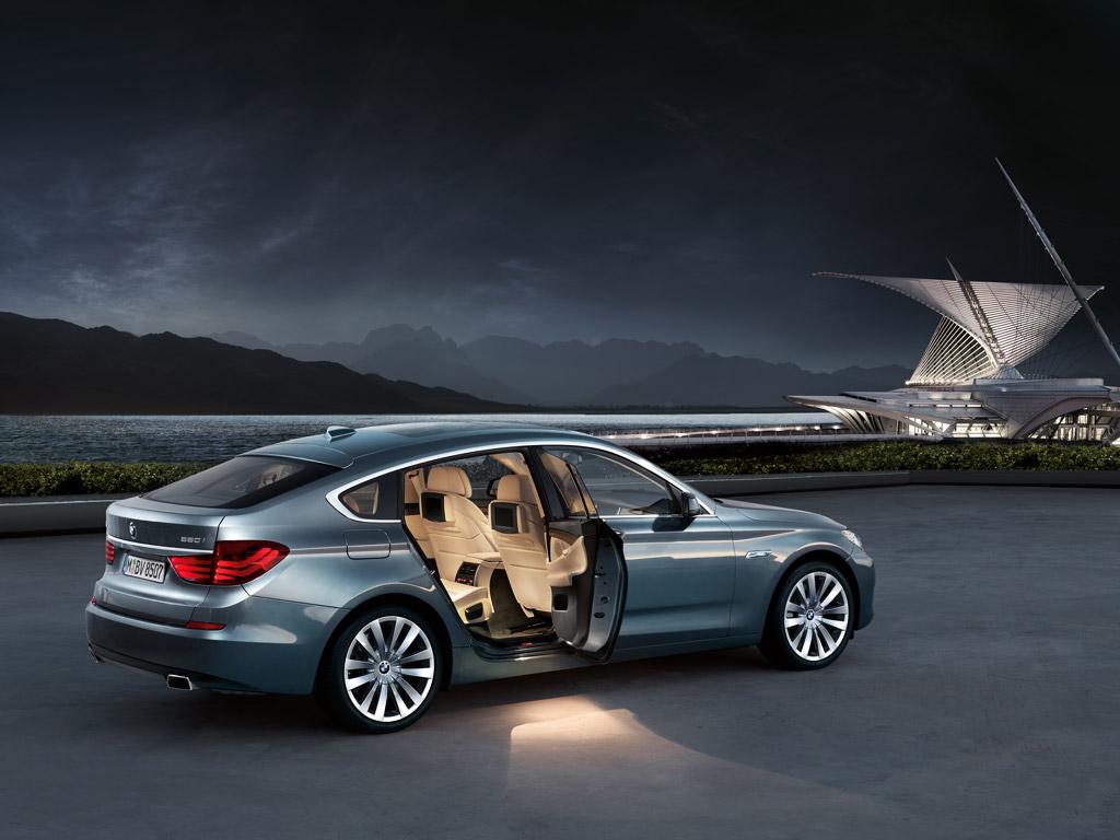 VOLVO S60 T6 AWD 2013: BMW 550i xDrive Gran Turismo