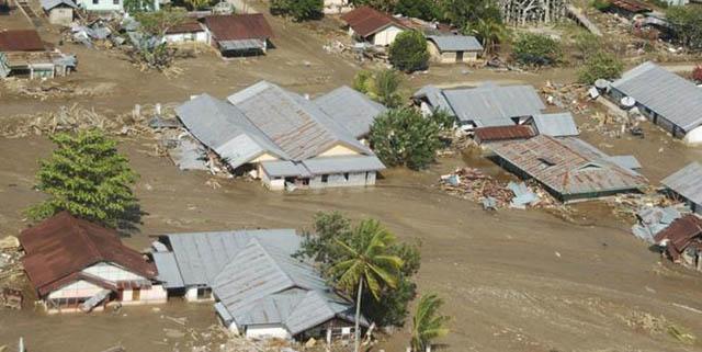 Detik Detik Banjir Bandang Di Garut Seret Korban Dan rumah