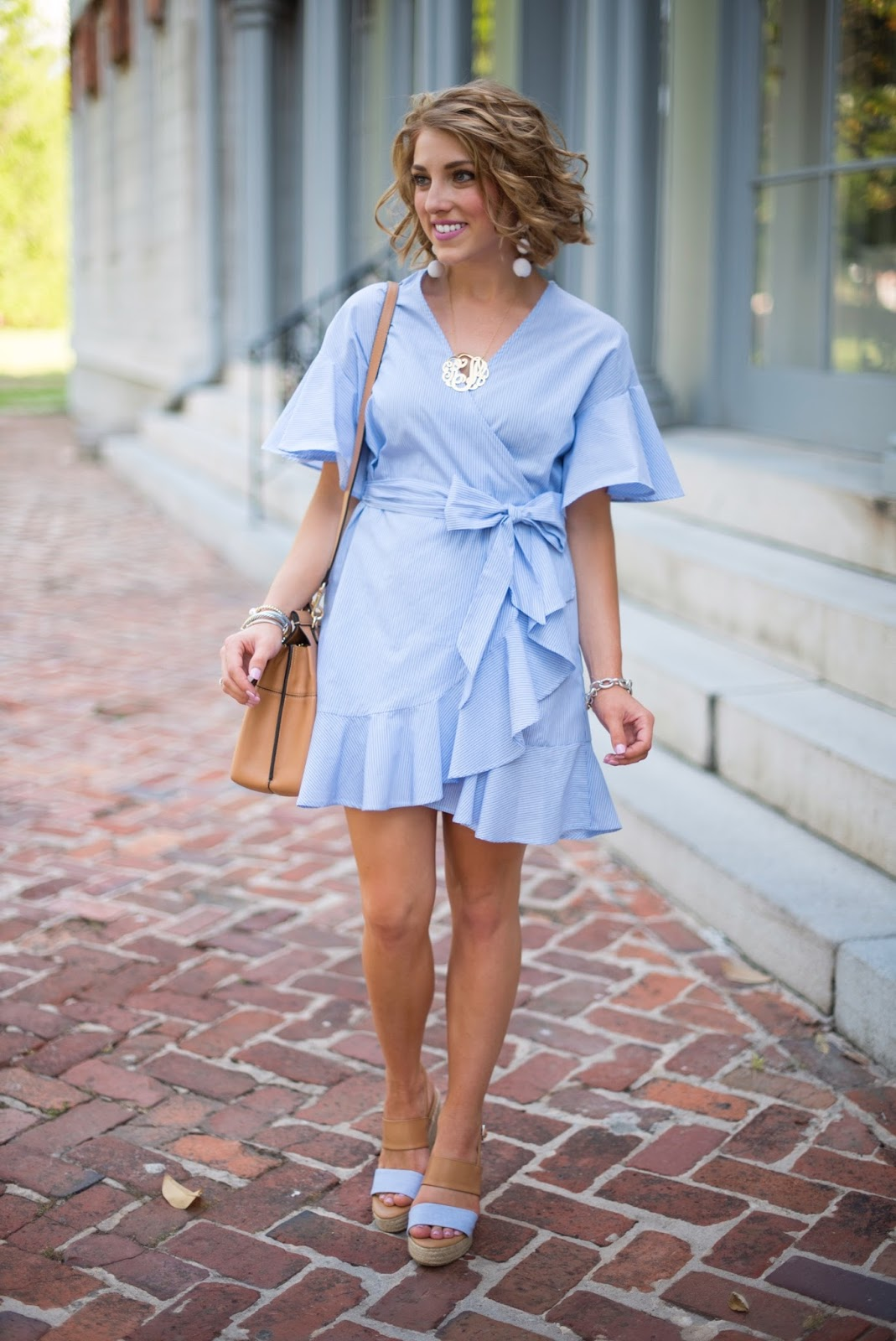 Spring outfit ideas - Click through to see more on Something Delightful Blog