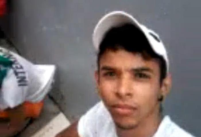 Com celular, detento grava rebelião e posta nas redes sociais