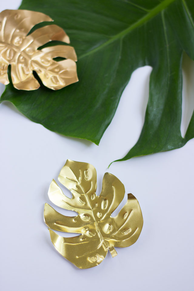 How to make metal tropical leaf magnets