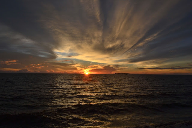 Sunset Pantai Muara Kolang