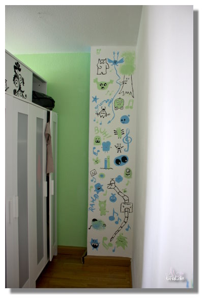 deko idee monster leben nicht im schrank 37 miutiful. Black Bedroom Furniture Sets. Home Design Ideas