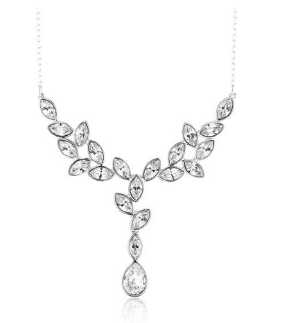 d137a7fe43d2b Bijoux Swarovski, collier, boucles d'oreilles et bracelet femme mode ...