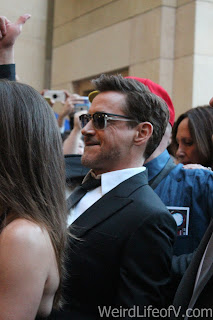 Robert Downey Jr. walking towards the Dolby Theatre