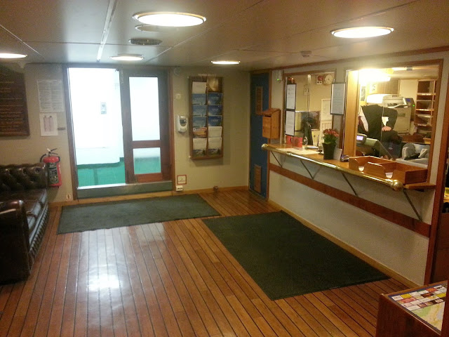 Hurtigruten MS Lofoten - Reception Area