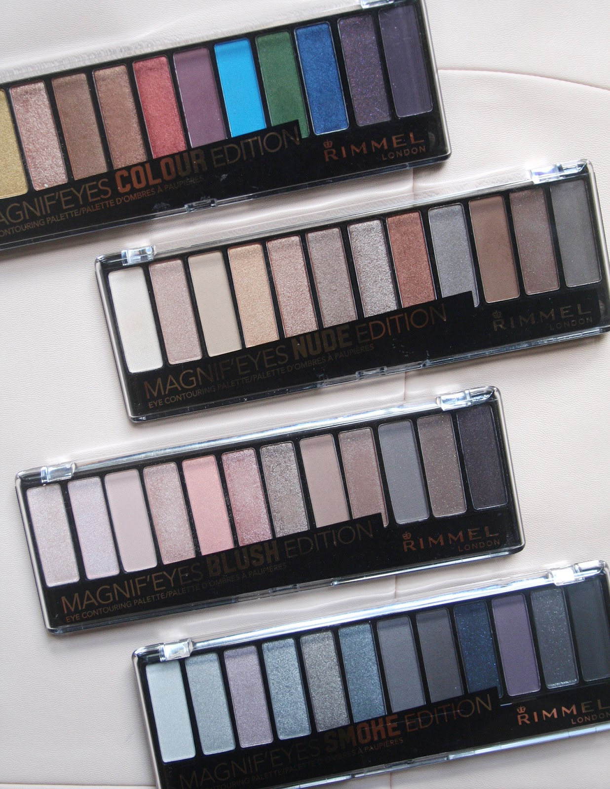 6083edb6881 I mentioned in my haul that I wasn't a huge fan of the packaging. It looks  and feels almost identical to Chi Chi's old 12 pan eyeshadow palettes, ...
