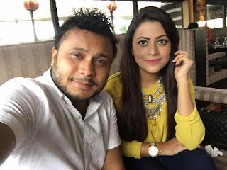 Azmeri Asha & Mishu Sabbir Selfie