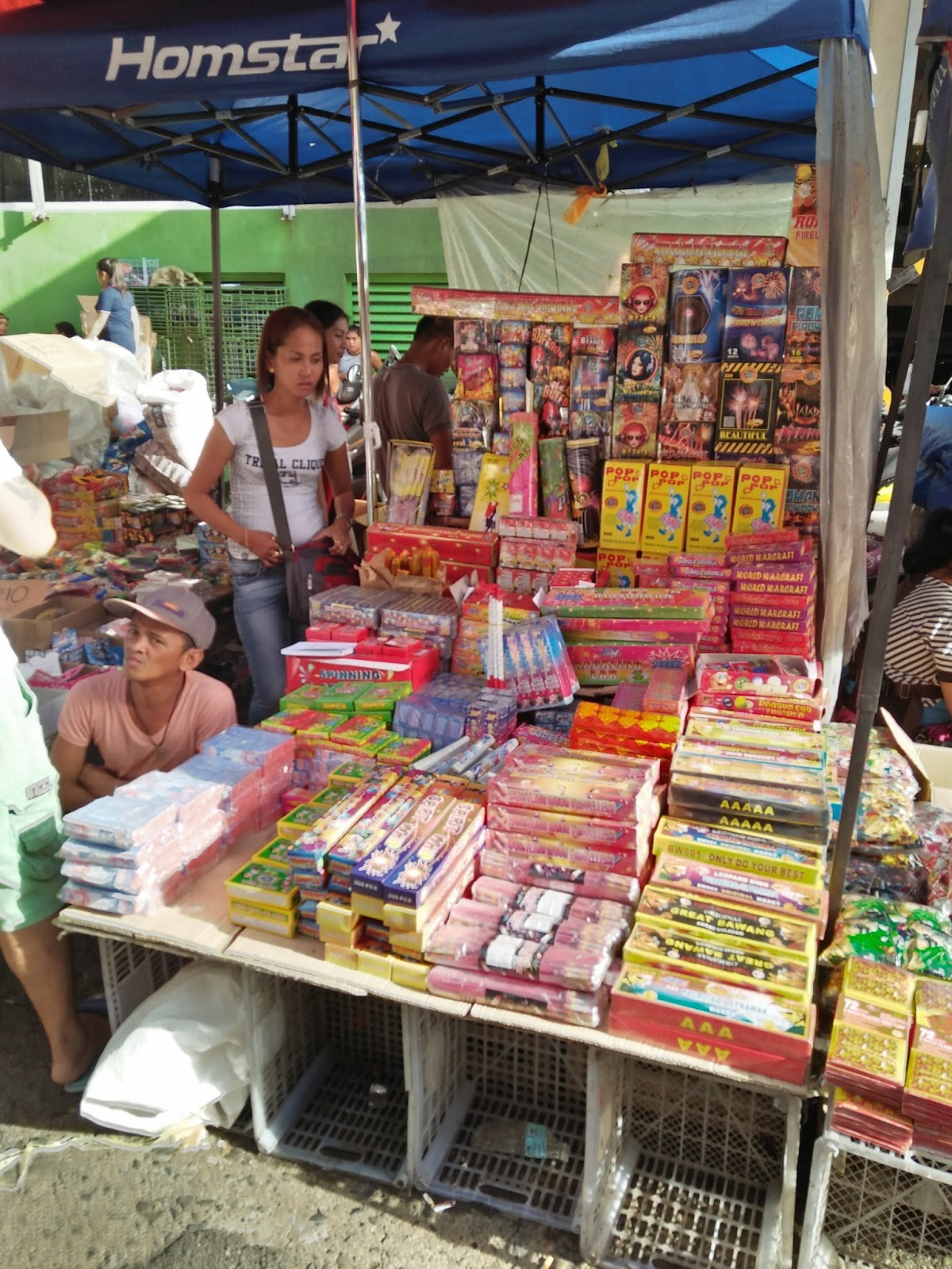 2da1c27c76f A street vendor sells firecrackers and pyrotechnic devices in Divisoria