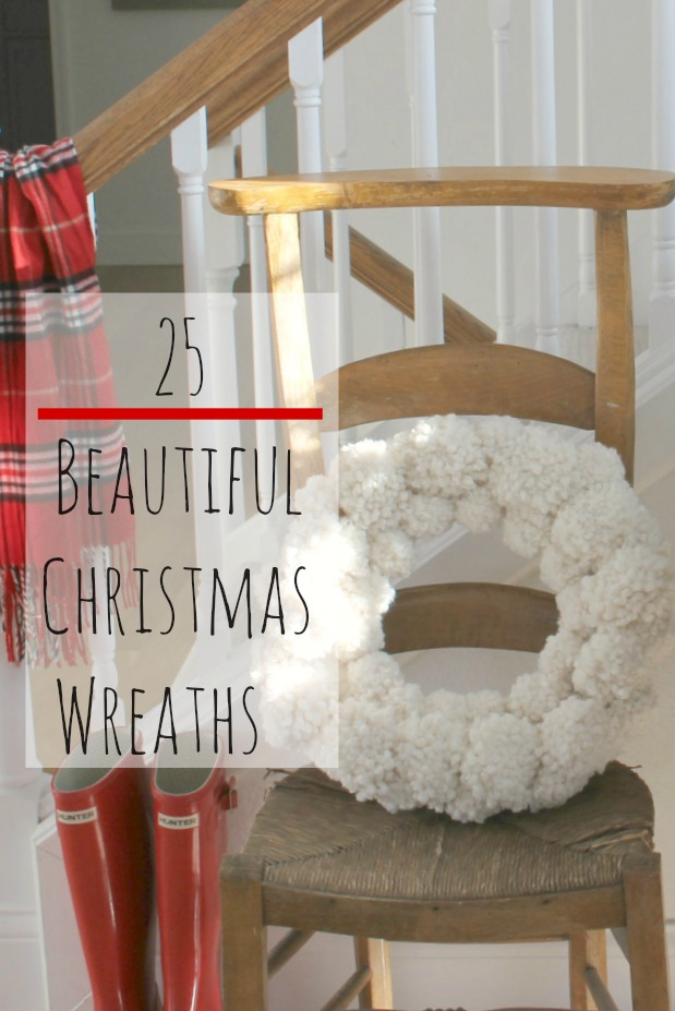 25 Beautiful Christmas Wreaths - Hello Lovely