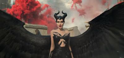 Trailer de Malévola 2 tem Angelina Jolie sexy e príncipe de cara nova