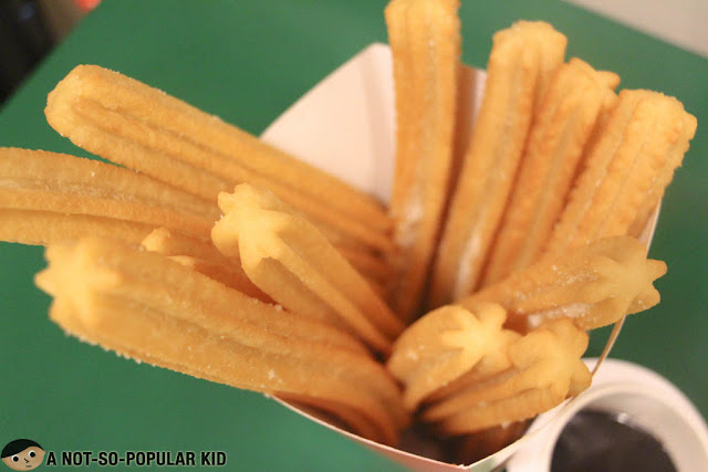 Churros Classicos of La Lola
