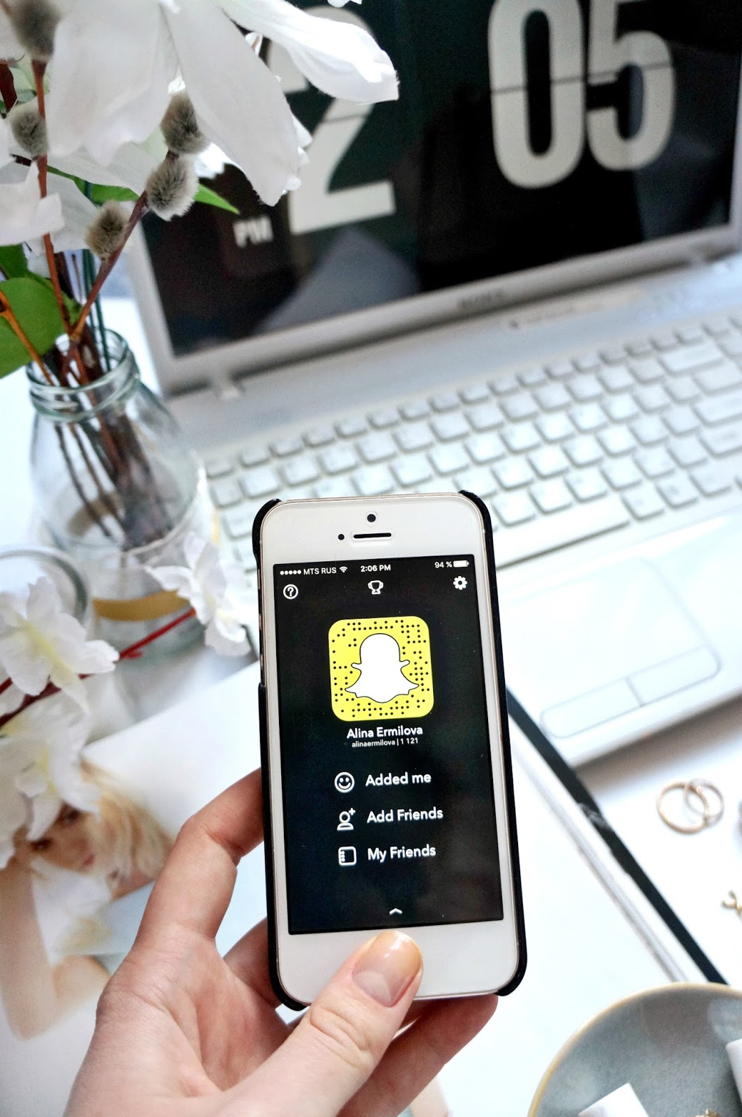 How to build a Snapchat following