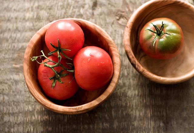 30 Manfaat Buah Tomat Untuk Kesehatan