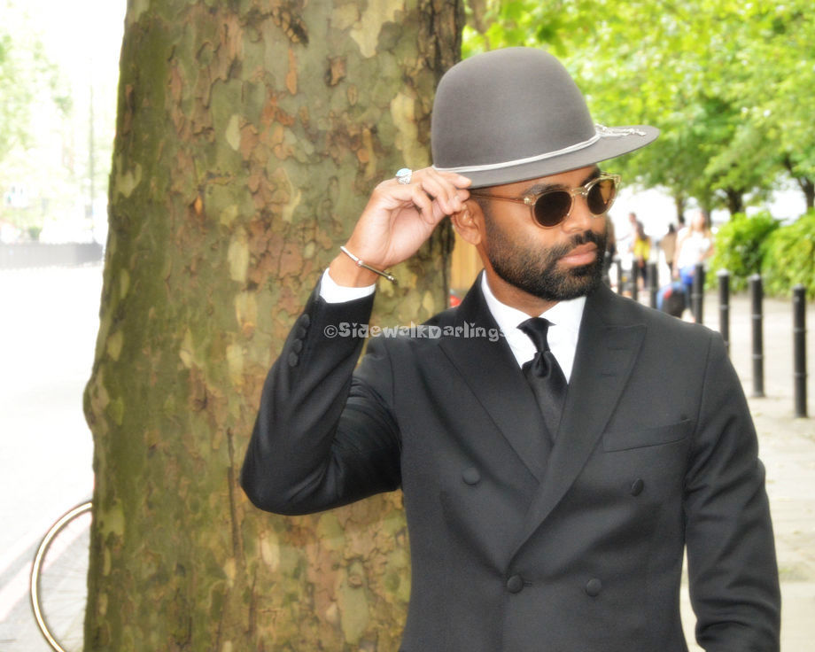 ebea59d4c8c How stammeringly dreamy is that Fedora! Wow! How many do you support in  your wardrobe  LCM ss17 https   www.facebook.com SidewalkDarlings