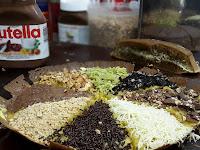 Resep Martabak Ketan Hitam Manis Topping Keju, Nutella, Meises dan Coklat Tulip