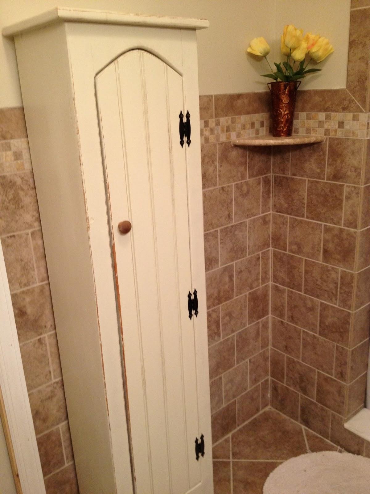 Pinkapotamus: Upcycled Bathroom Cabinet