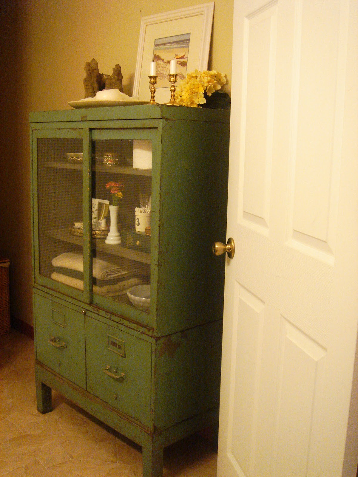 Our Neck Of The Woods: Vintage Bathroom Cabinet