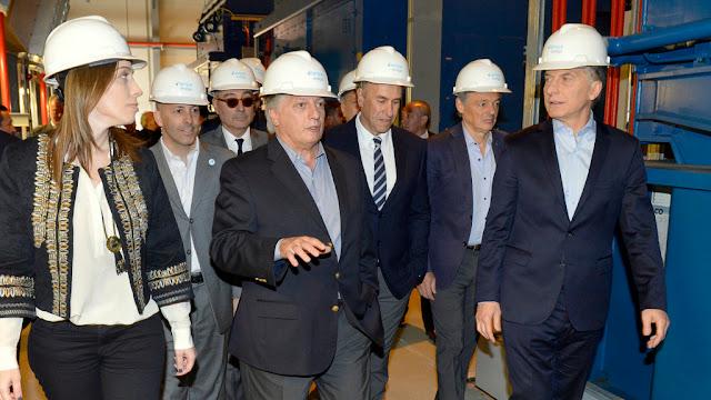 Macri y Vidal encabezaron la inauguración de una central termoeléctrica en Pilar