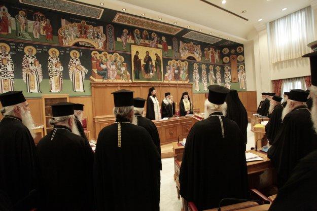 """Ηχηρό """"όχι"""" των αρχιερέων στη συμφωνία Τσίπρα - Ιερώνυμου"""