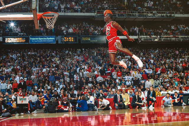 Michael Jordan Air Jordan slam dunk contest free throw line