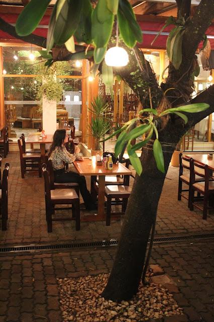 Ambiente do Restaurante Casa Bela, em Holambra, São Paulo.