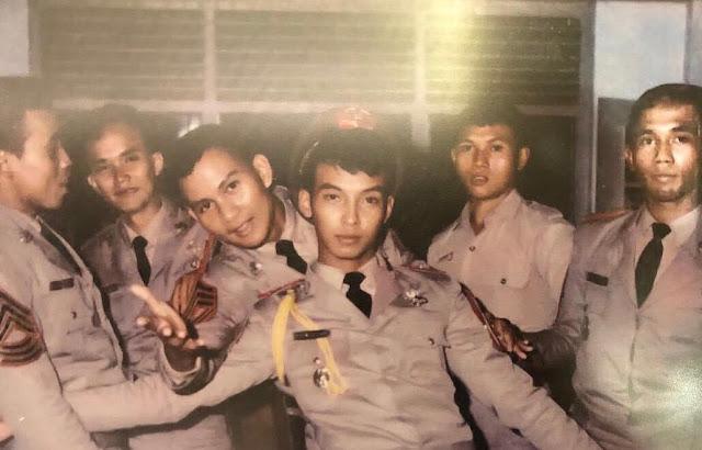 Unggah Foto Jadul, Prabowo Dipuji Keren Netizen