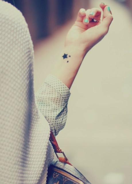 Tatuagens de estrelas para as mulheres