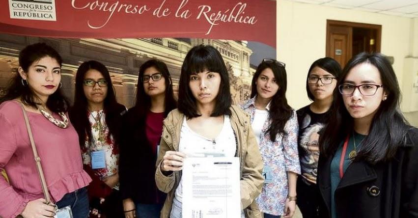 Estudiantes mujeres piden a la SUNEDU fiscalizar a las defensorías universitarias