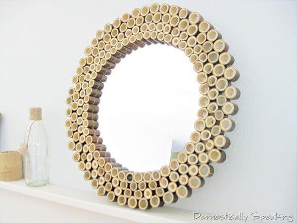 Bingkai cermin dari bambu