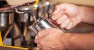 perbedaan barista dan bartender