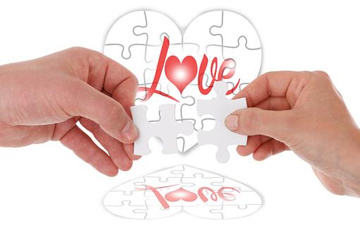 Cinta Terhalang oleh Jarak