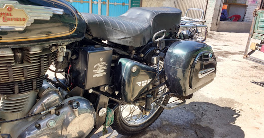 Dragonfly sidebox from Bluegarage for Royal Enfield Bullet review