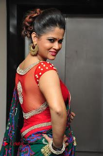 Shilpa Chakravarthy Pictures in Saree at Women Anthem Album Launch  0014