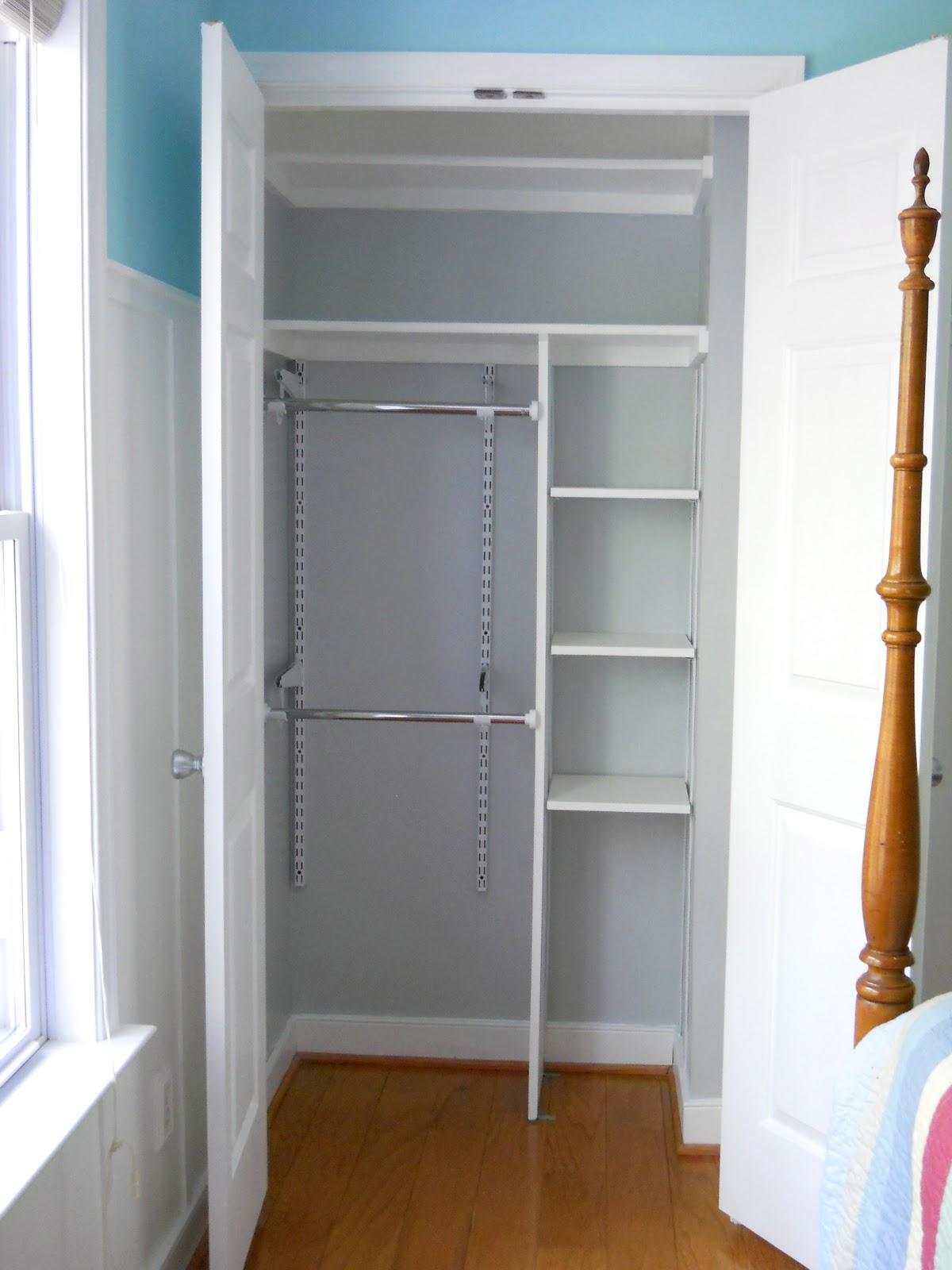 Apartment Door Decorations Simple scandinavian style