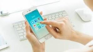 Dampak Buruk Curhat di Media Sosial secara Berlebihan