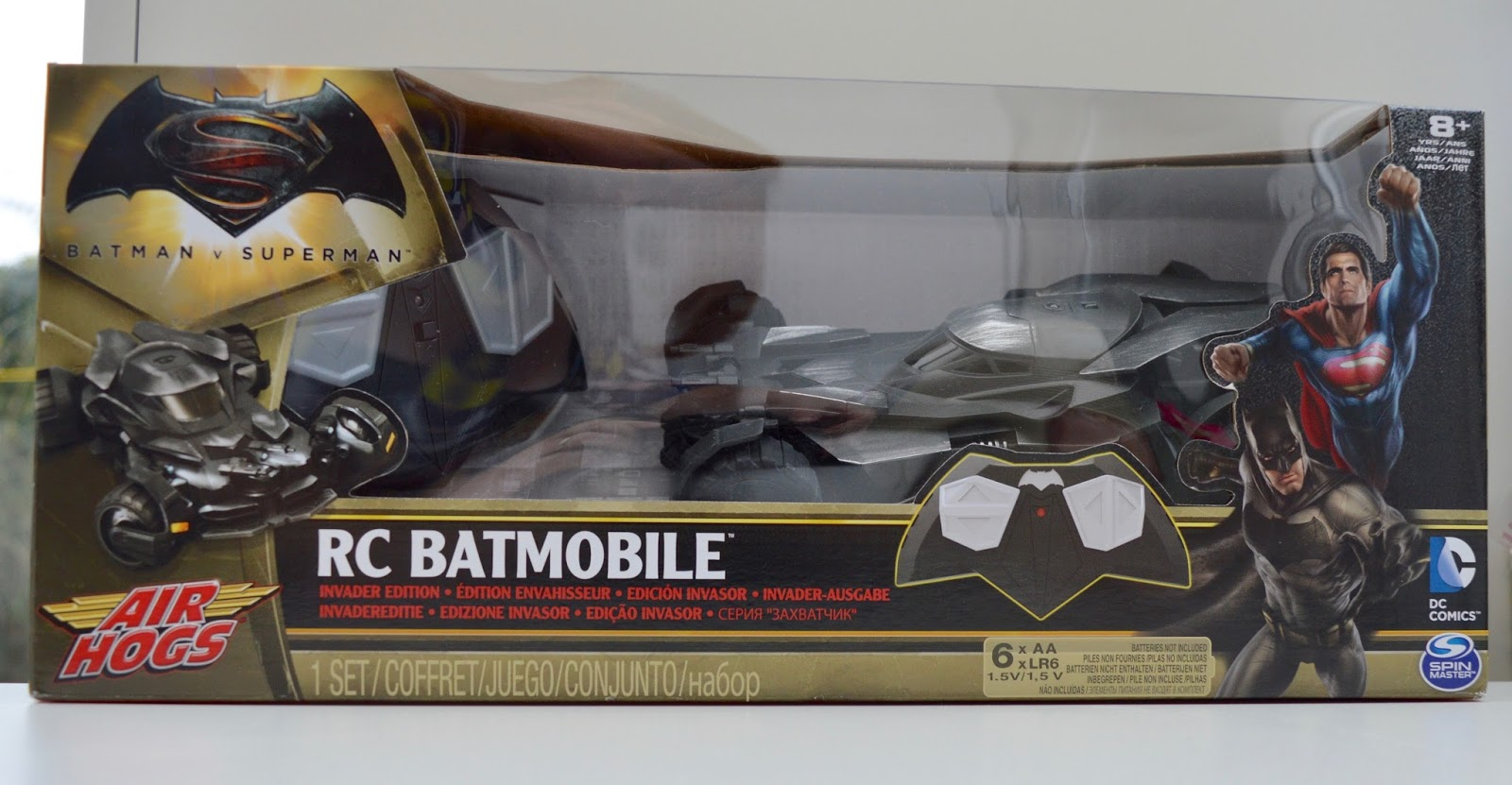 Air Hogs RC Batmobile | A Review - 1:24 replica model from Batman vs Superman - box