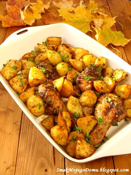 Kurczak w ziołach, pieczony z ziemniakami