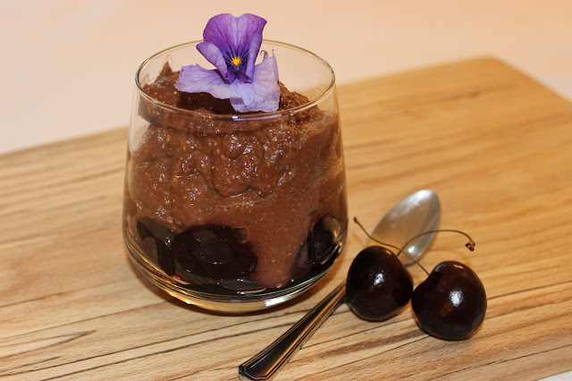 black forest blended chia pudding