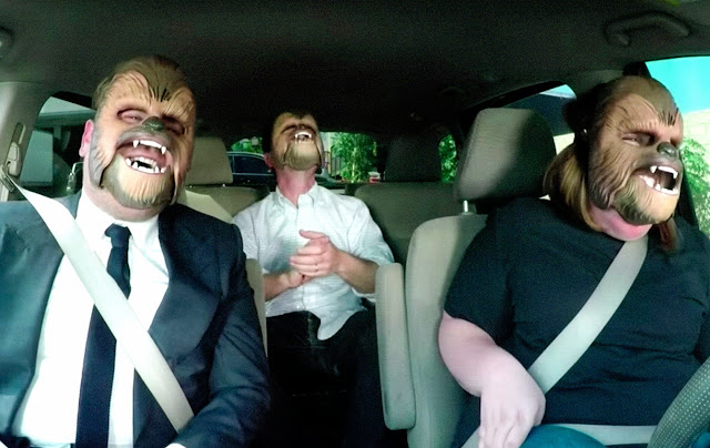 Chewbacca Mom Takes James Corden to Work | Die Maske und der Komiker
