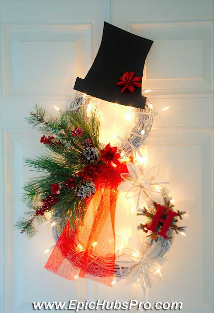 DIY Homemade Christmas Decorations: Lighted Grapevine Snowman Wreath