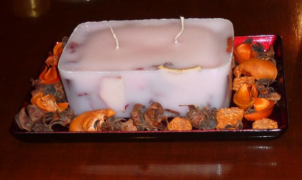 Χειροποίητο κερί με αποξηραμένα φρούτα