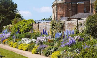 Waterperry Gardens